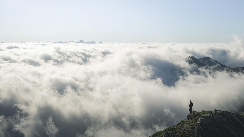 nuage dans la montagne